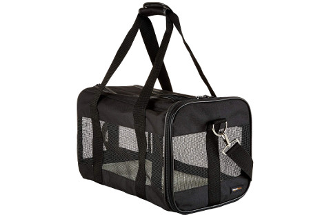 AmazonBasics Black Soft-Sided Pet Carrier